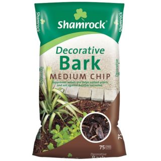 SHAMROCK MEDIUM CHIP DECORATIVE BARK 75 LTRS